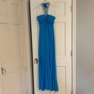 Formal gown in bright blue size 6